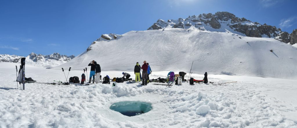 Glacialis perçage du trou